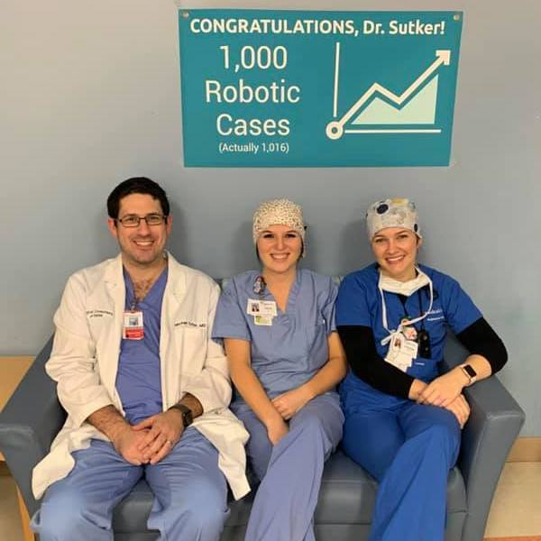 Dr. Sutker Surpasses 1,000 Robotic Assisted Laparoscopic Surgeries
